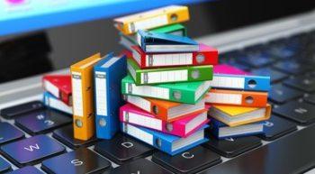 ordner-tastatur-bunt-papier-office-büro